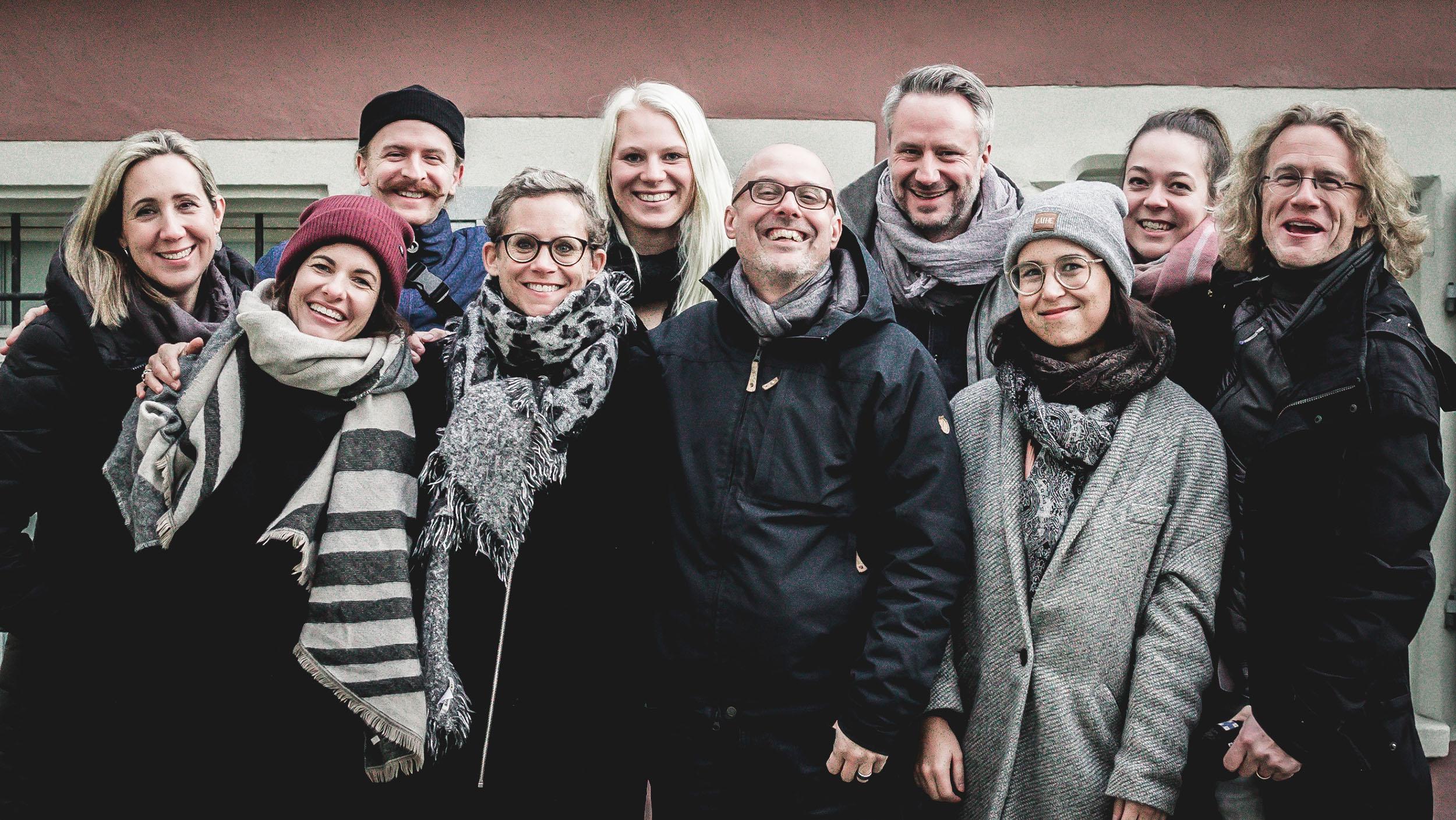 Das Smovie Team (v.l.n.r.): Andrea Götte, Désirée Schuler, Menno Labruyère, Dui Klameth, Salome Kuster, Urs Meier, Daniel Wagner, Stephanie Sonderegger, Ronja Zeller, Stefan Klameth